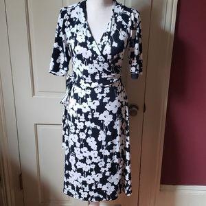 Gorgeous black and white floral wrap dress XS